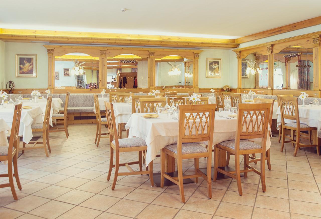 ristorante hotel centrale pejo